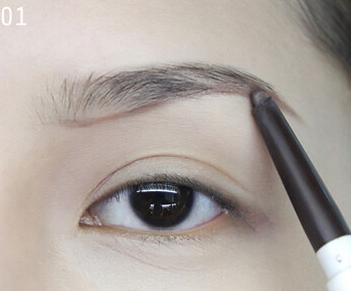 化妆学校教你简单4步画好漂亮眉形