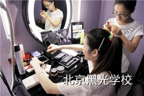 学化妆需要多长时间?