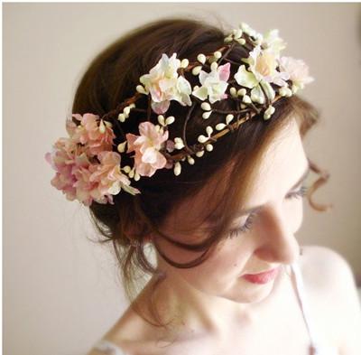适合新娘结婚当天发型 很新时尚新娘发型推荐
