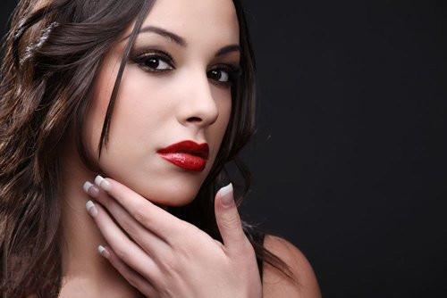 化妆学校分享 新娘唇妆化妆攻略