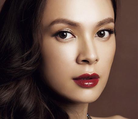 晕染红唇妆 塑造东方女性美