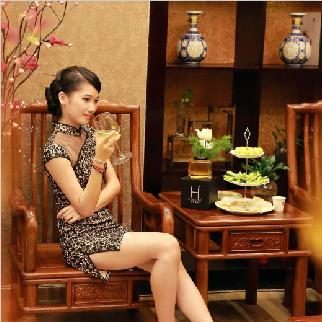 来自湘西的土家妹子黄柒霏化妆全能班