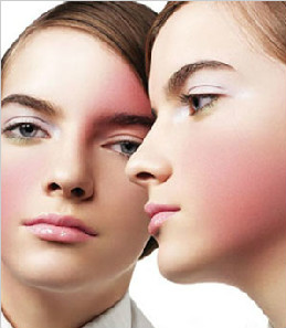 在郑州哪个化妆培训学校好?