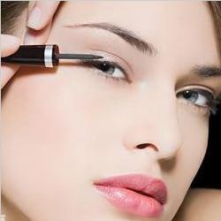 化妆注意画眼线要点