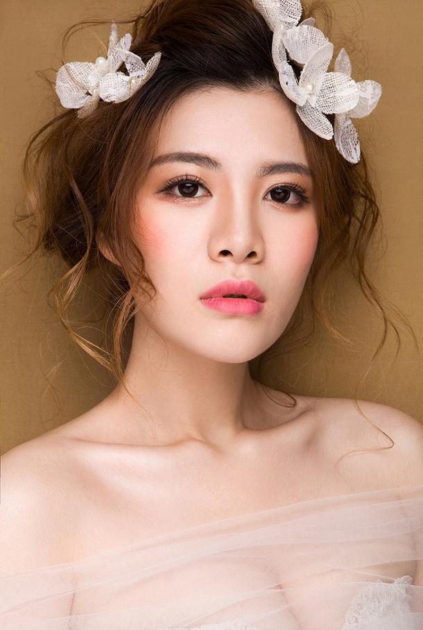 眼妆的画法是什么_化妆咨询_北京黑光化妆学校