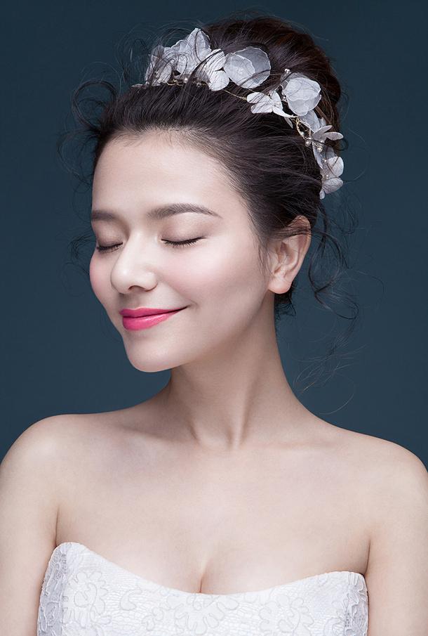 怎么才能花清纯的妆容_化妆咨询_北京黑光化妆学校