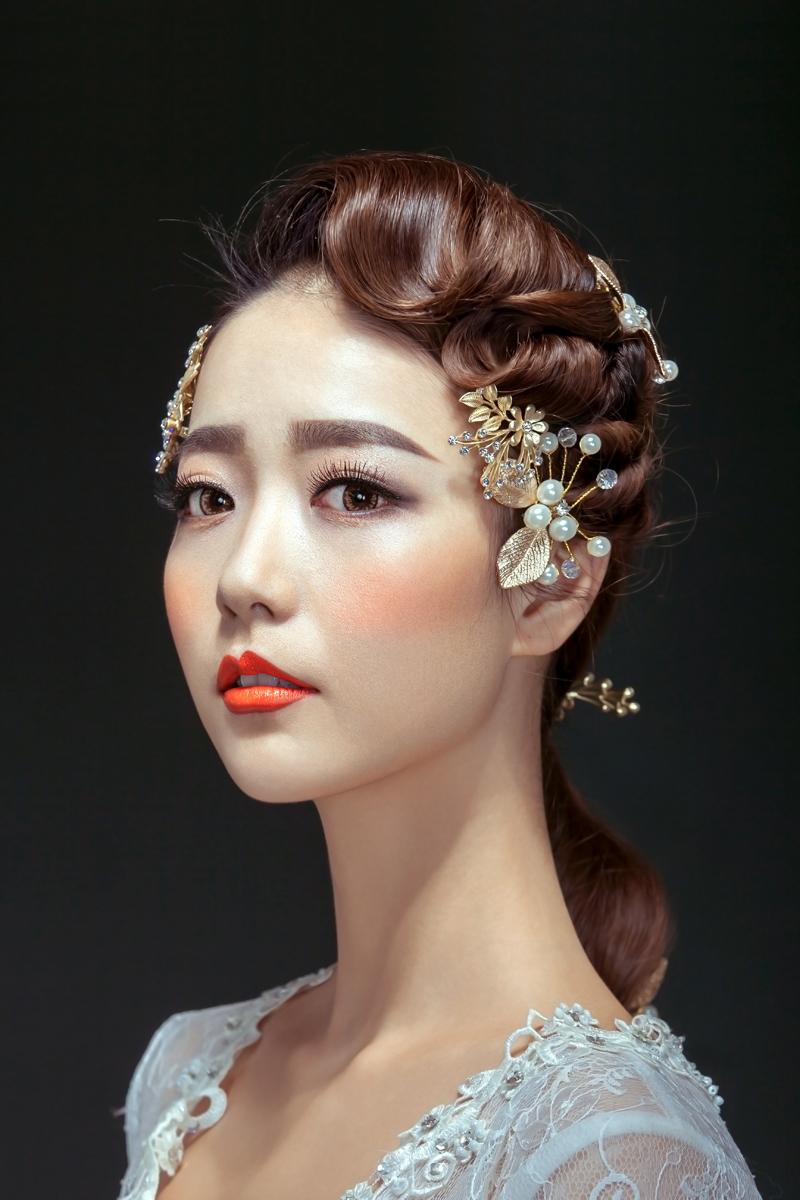 化妆学校教你如何画性感唇妆_化妆资讯_北京黑光化妆学校
