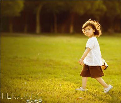 北京儿童摄影学校哪个好?丨摄影资讯丨黑光摄影学校