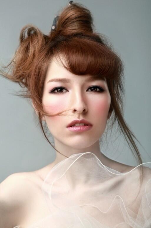 化妆培训学校如何收费_行业资讯_北京黑光化妆学校
