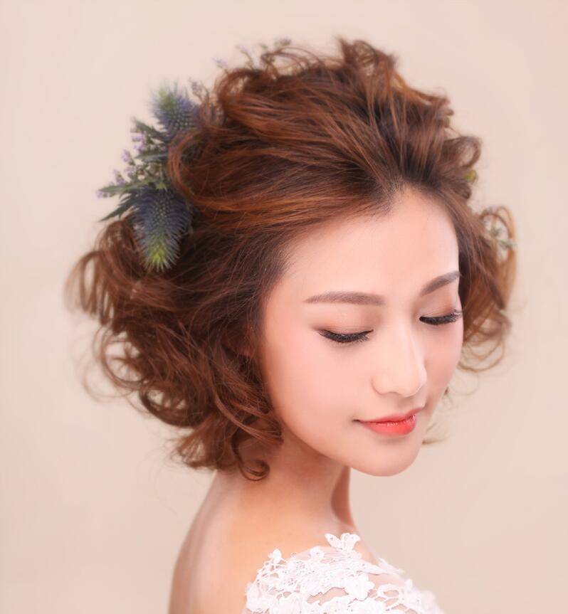 夏季彩妆技巧_化妆咨询_北京黑光化妆学校