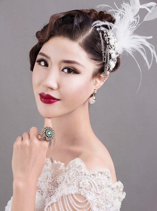 混血妆打造技巧_化妆资讯_北京黑光化妆学校