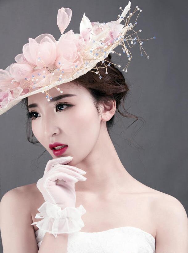 怎么打造金棕色眼妆_化妆资讯_北京黑光化妆学校