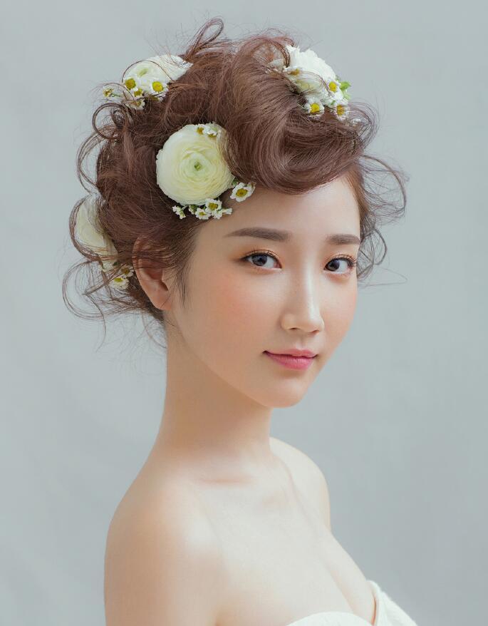 单眼皮怎么画眼影_化妆资讯_北京黑光化妆学校