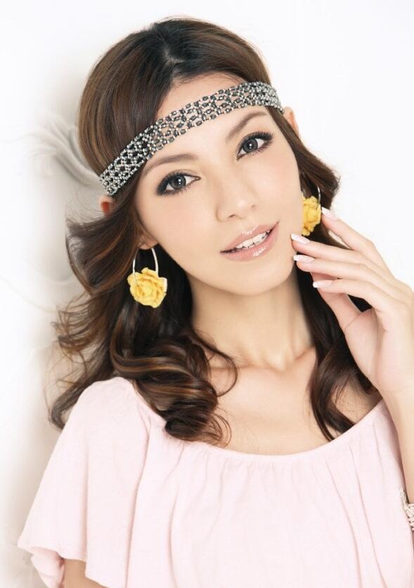 单眼皮如何画眼线_化妆资讯_北京黑光化妆学校