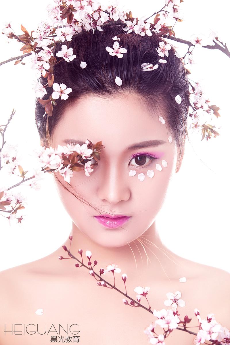 北京化妆学校哪个好