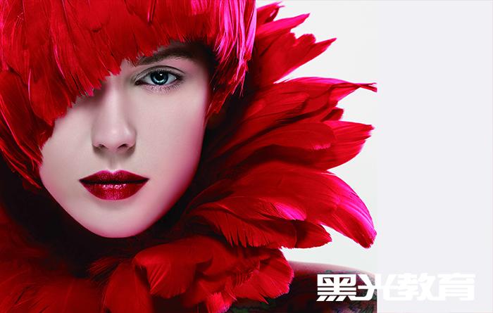 北京时尚化妆师专修班的收费