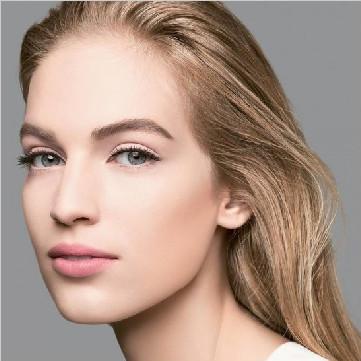 黑光教你夏天化淡妆的技巧步骤
