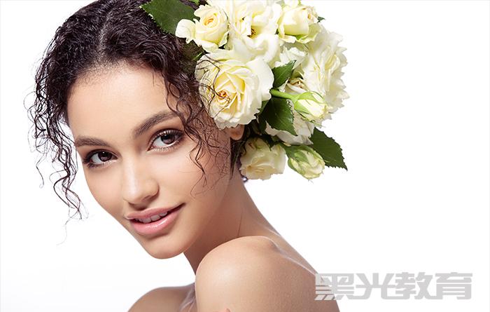 在化妆学校能学到真正的化妆技术吗