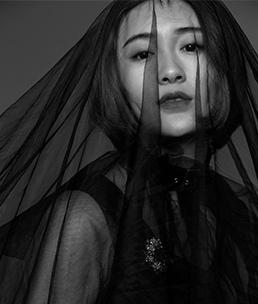 商业摄影师专修班 刘潇群毕业作品《是非黑白》