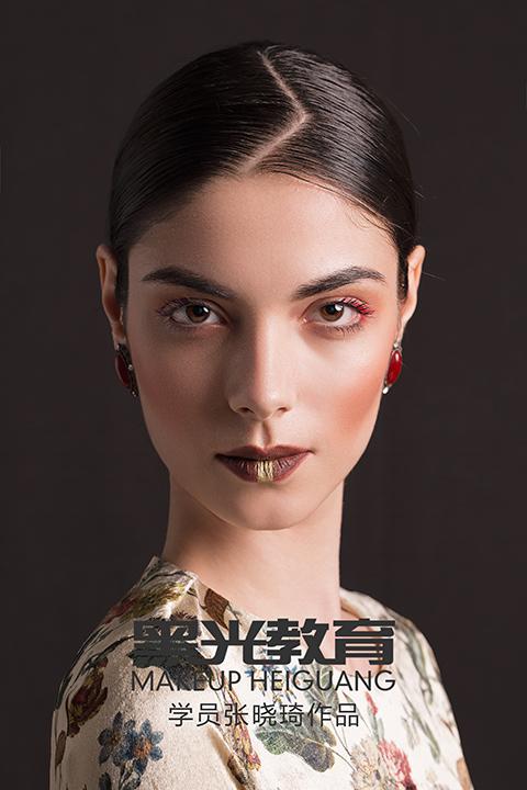 时尚化妆大专班
