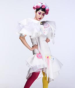 17届【FASHION时尚化妆师】专修班 卢金萍