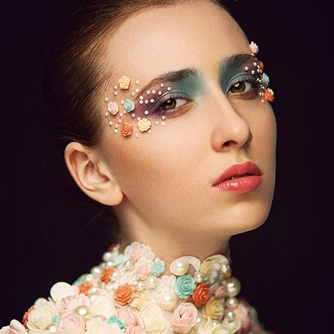 专业化妆师培训学校,高薪就业前途棒!