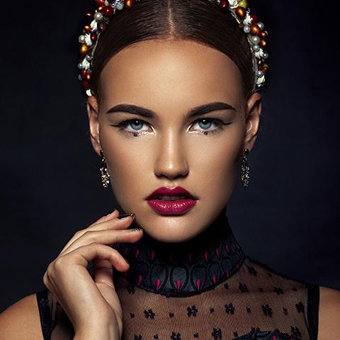想要成为化妆师,化妆培训班要多少钱?