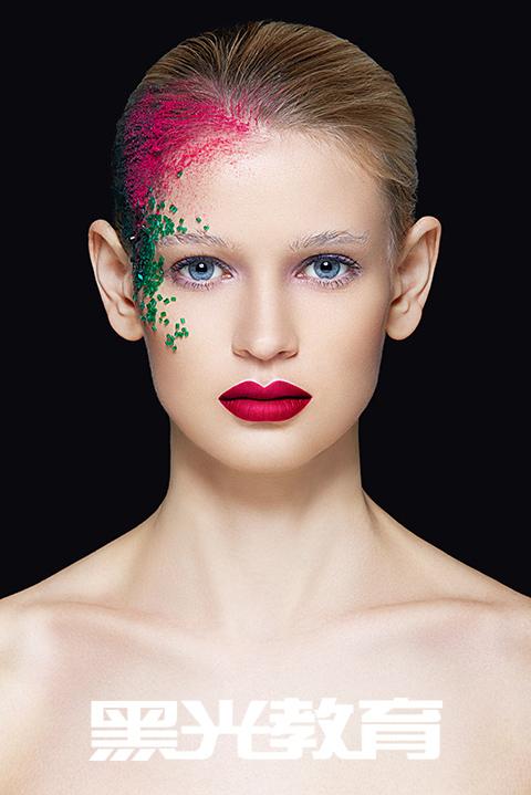 单眼皮眼部化妆技巧