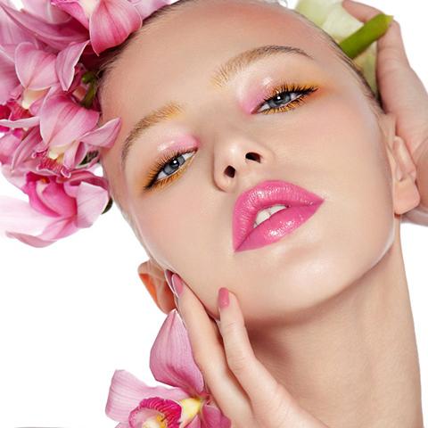 打造清新感粉嫩妆容引领时尚气息