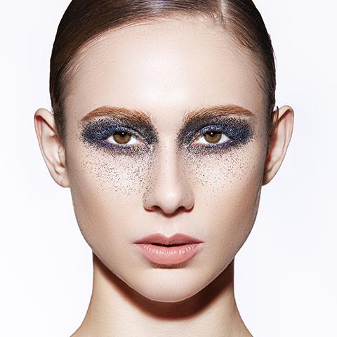 调整人物肤色 柔和的室内逆光照调色示例