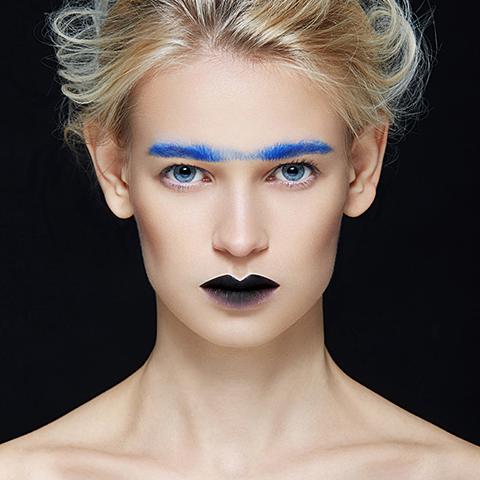 学化妆需要什么东西?让职业化妆学校来告诉你!