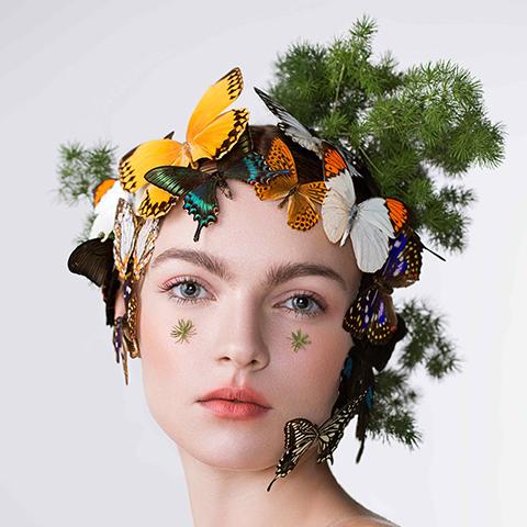 美妆博主眼妆画的如何呢?其实和专业化妆师相比根本不行